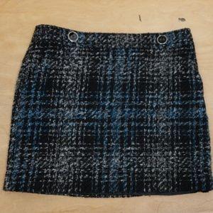 ❤ANN TAYLOR LOFT tweed skirt w/ button detail, 10